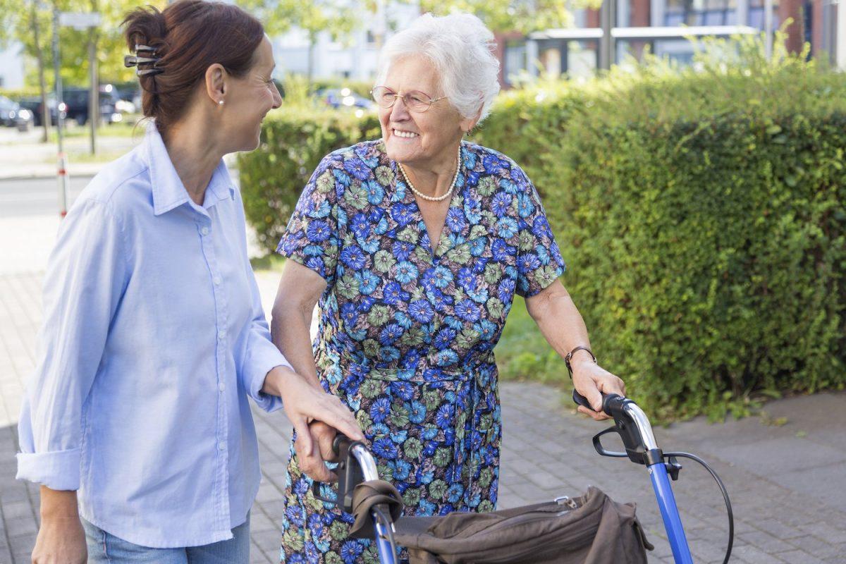 Ein ausgedehnter Spaziergang im Zuge der stundenweise Verhinderungspflege