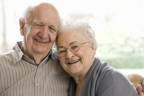 Ein Seniorenpaar
